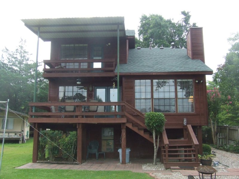 Your vacation home on the lake with its own dock!, vacation rental in Willis