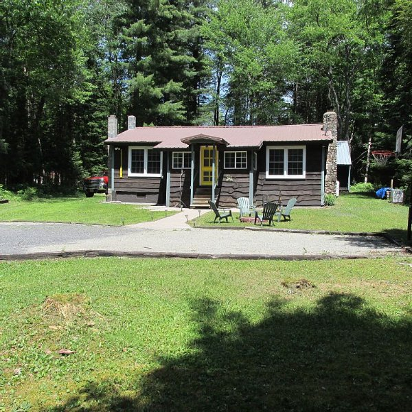 White Lake, Otter Lake, Old Forge Area. Enjoy Our Adirondack Experience!!, holiday rental in Glenfield