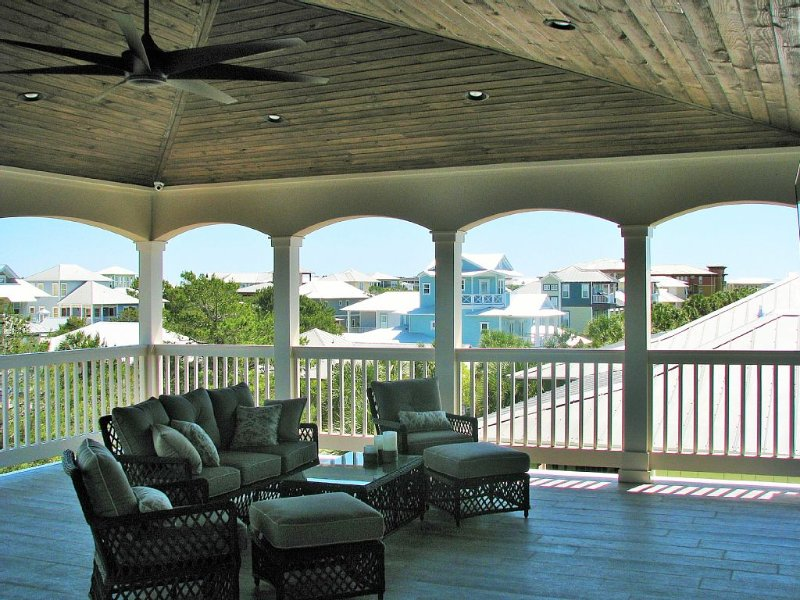 New Custom Home Between Rosemary Beach & Alys Beach, vacation rental in Seacrest Beach