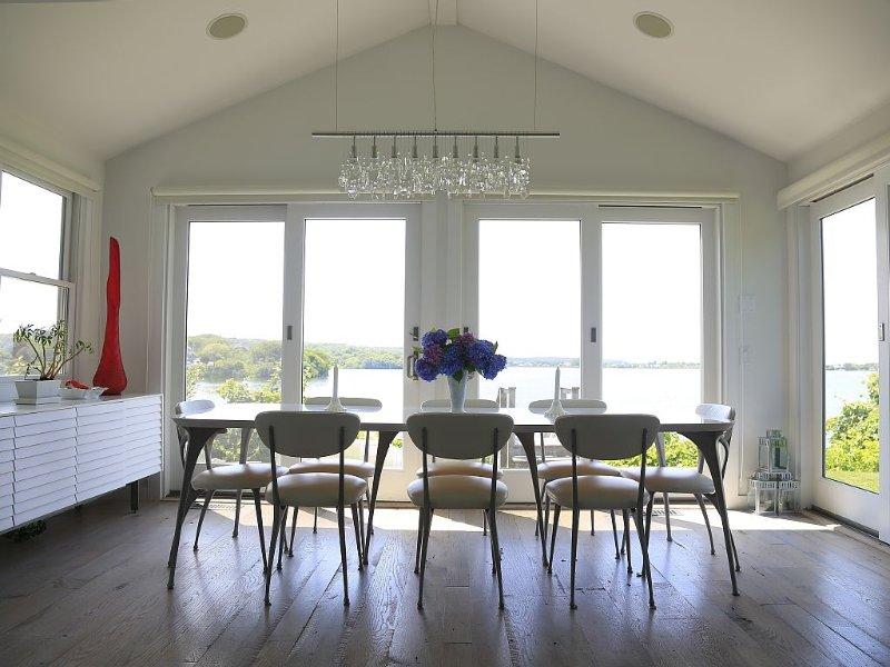 Waterfront Cottage Perfection, vakantiewoning in Hamptons