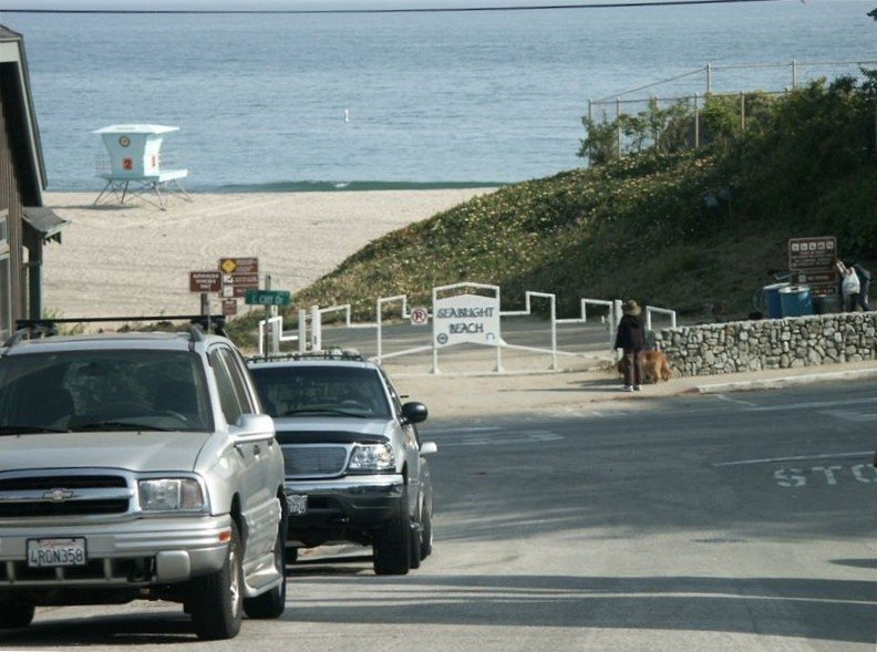 Romantic Cottage at Seabright Beach - Steps to the Sand, holiday rental in Santa Cruz