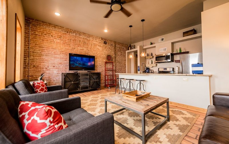 Salida  Mountain Loft - Location, Comfort, Style and Fun, vacation rental in Salida