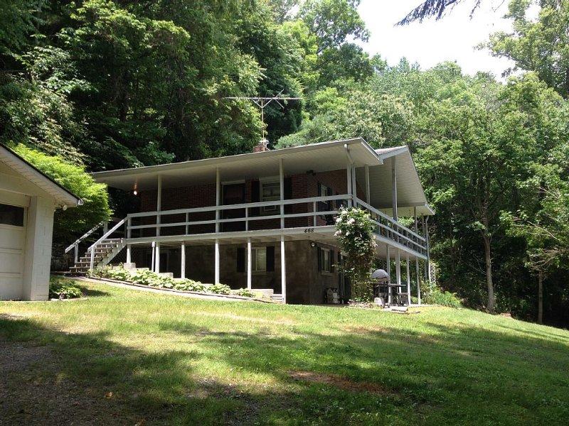 Mountain Rental Getaway, holiday rental in Candler