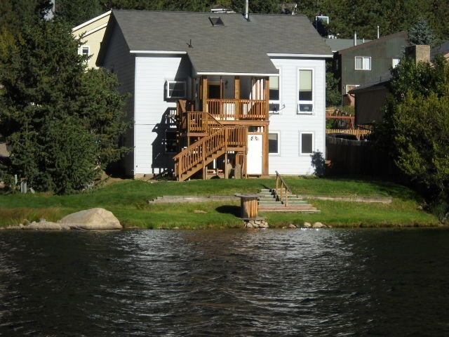 Comforts of home, close to Denver, many ski areas, lots of summer activity, WiFi, alquiler vacacional en Georgetown