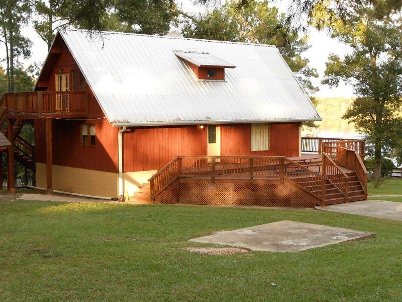 Lake Conroe Serene Retreat, holiday rental in Willis