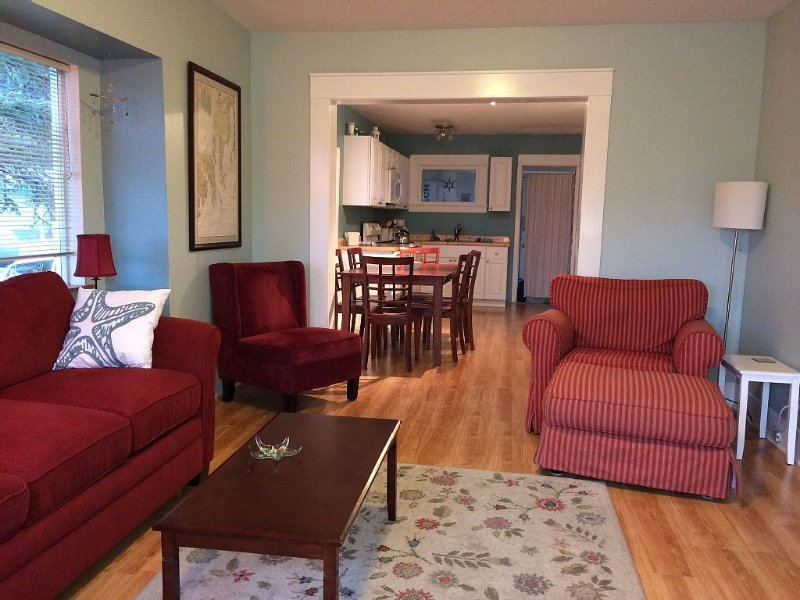 Sea Star Cottage-Downtown Seward, vacation rental in Seward