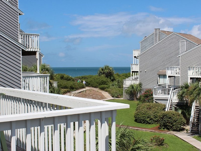 Gulfview, 2 Br/2 Ba, 1 Min. To Beach, Booking Spring & Summer Now!, holiday rental in Port Saint Joe