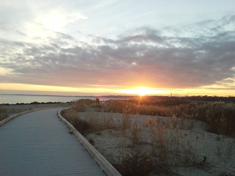 Beach side rental booking winter 2020\2021 Available December17 2020, vacation rental in Southport