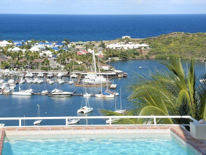 Villa Angelina With Amazing Panoramic Views, location de vacances à Sint Maarten