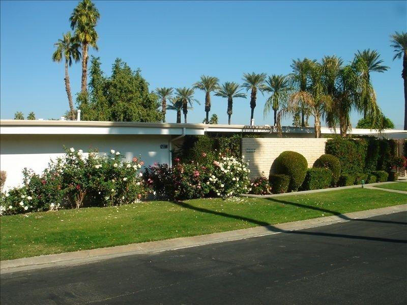 Indian Wells Condo in Exclusive Casa Dorado, vacation rental in Indian Wells