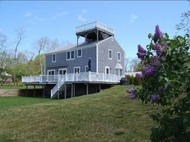 ** PRICE JUST REDUCED ** Spectacular Beach Front Home  w/AC - Campground Beach, aluguéis de temporada em Eastham