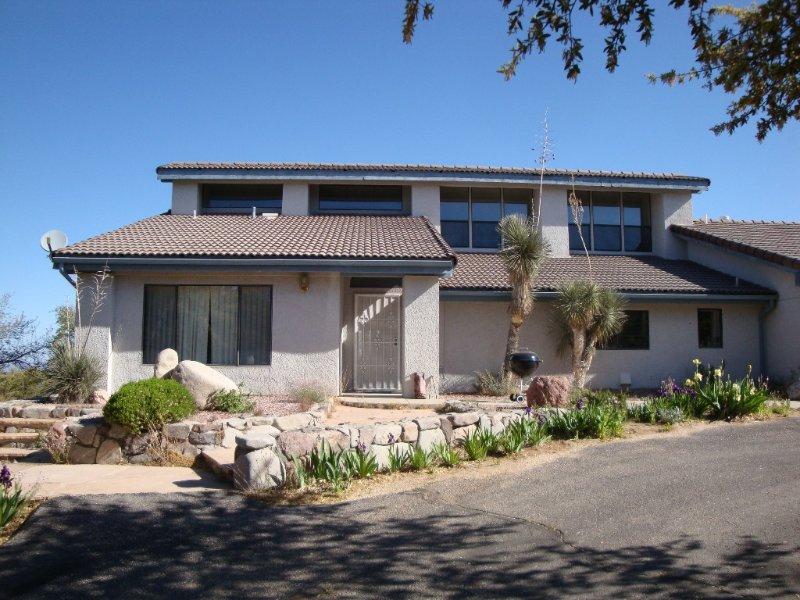 Casa Linda: Elegant Vacation Home, holiday rental in Oracle