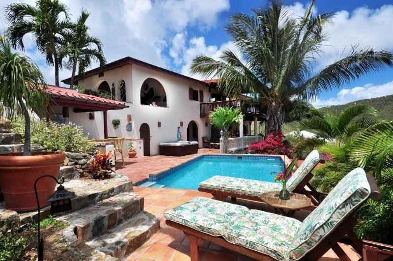 Villa Dos Palmas, Coral Bay, St John, location de vacances à East End
