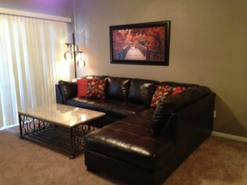 Remodeled/No Stairs/Golf Course View/Close to Branson Landing, vacation rental in Kissee Mills