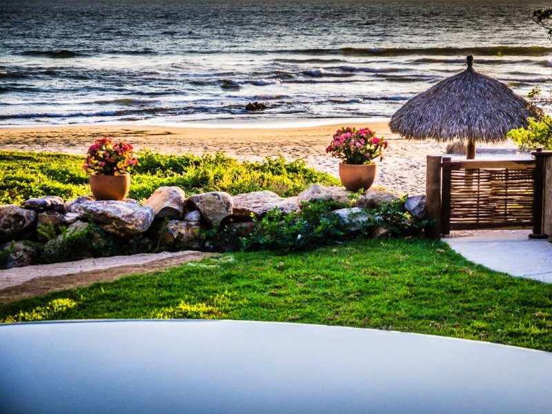 Beach Front Villa That Entices Your Senses And Soothes Your Soul, vacation rental in Troncones