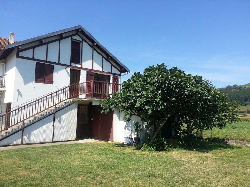 Appartement avec terrasse au calme – semesterbostad i Bartres