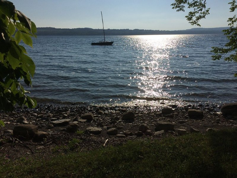 Beautiful Home On Skaneateles Lake, holiday rental in Ridgemont