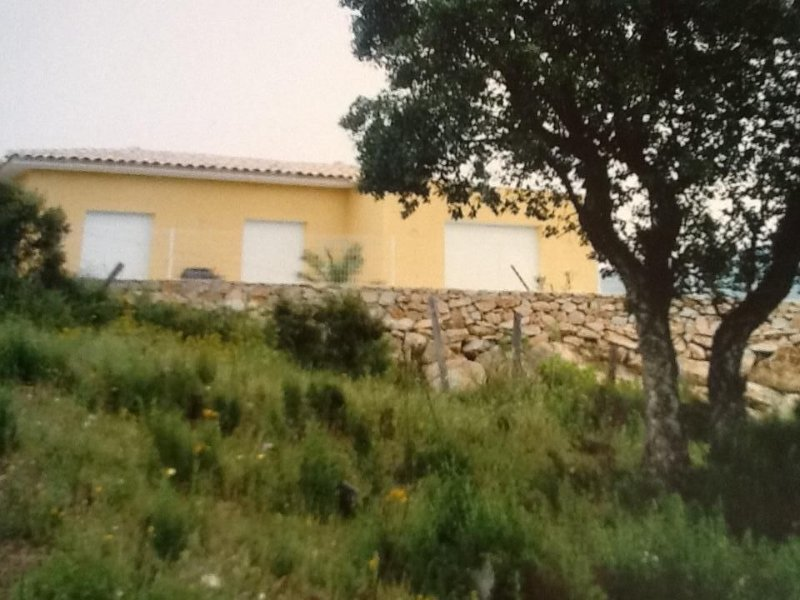 Jolie Villa for 6 guests near to the sea and the, vacation rental in Mezzavia