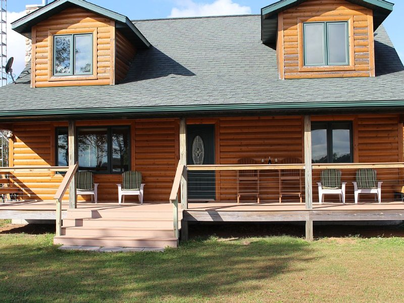 Lakeview Prairie Cabin, holiday rental in Adams