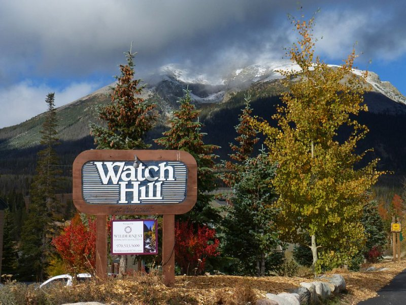 Deluxe 3 BR  Retreat - Awesome Views - Affordable Prices!, holiday rental in Silverthorne