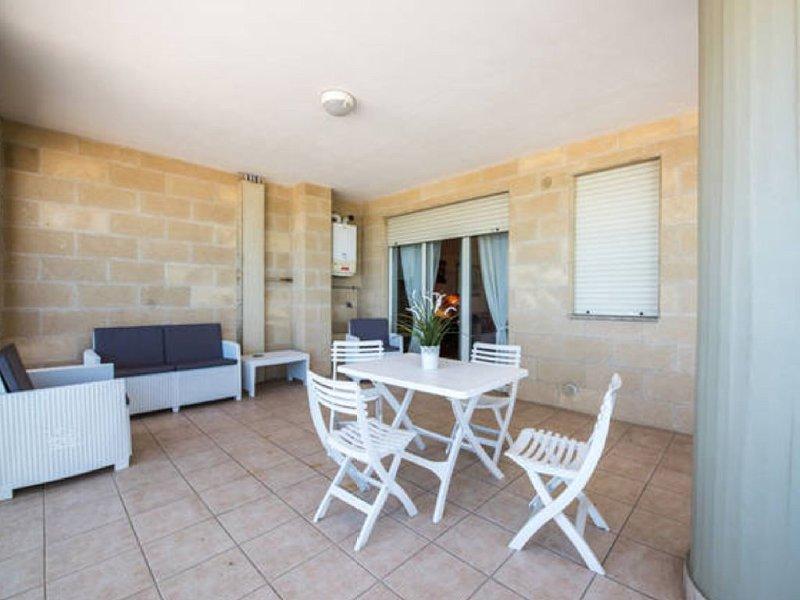 Splendido appartamento vista mare, holiday rental in Bari