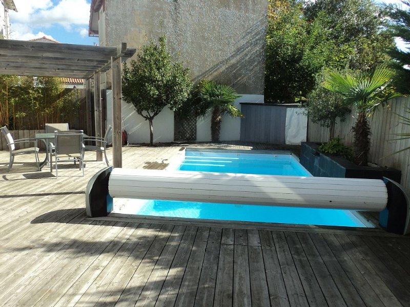 Maison avec piscine à 300 m de la plage des Présidents, alquiler de vacaciones en Les Sables-d'Olonne