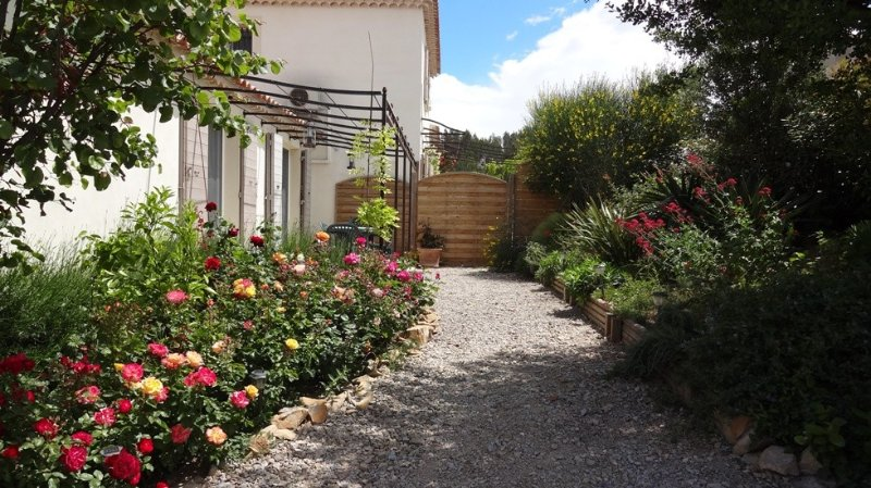 Un séjour en Provence, vacation rental in Arles
