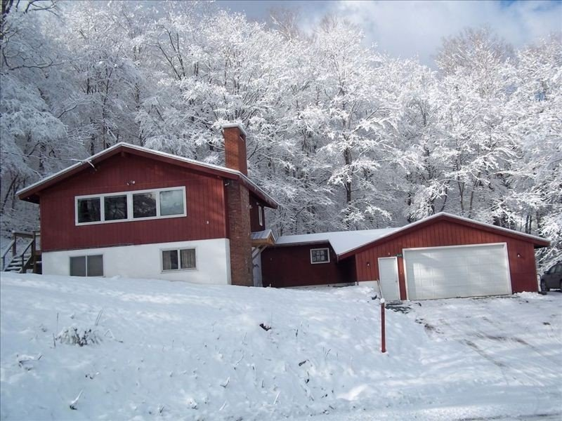 Pico Mountain Resort Ski Chalet, Ski-on/Ski-Off, 4BR/2BA, location de vacances à Killington
