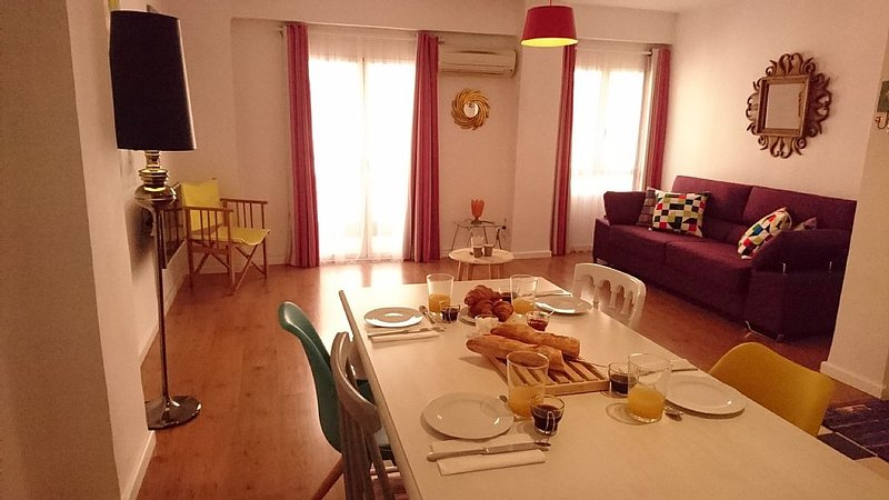 El Mercado Central - Stylish 60²m apartment, holiday rental in Barx