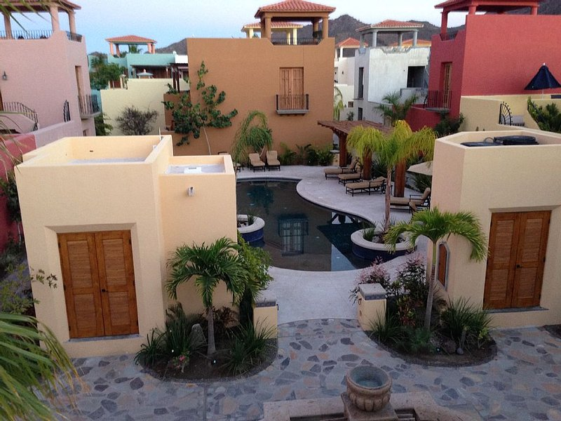 Beautiful Home On The Pool, vacation rental in Loreto