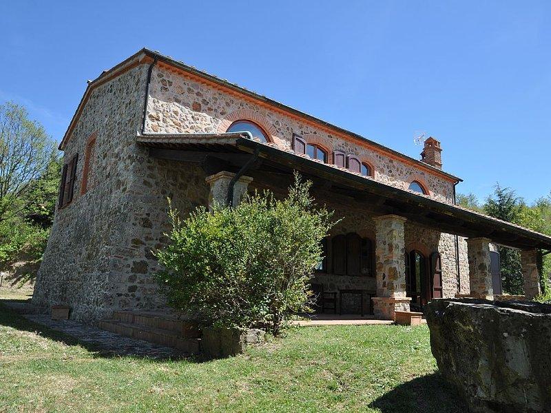 Massa Marittima autentico Get Away 220 mq nella campagna Toscana, alquiler vacacional en Sasso Pisano