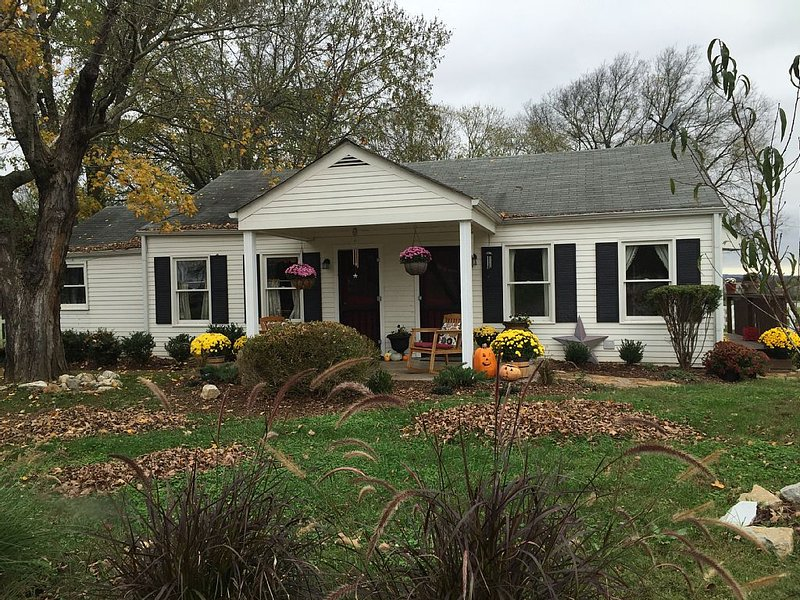Downtown Franklin - Harlinsdale Park - Pet Friendly, vacation rental in Franklin