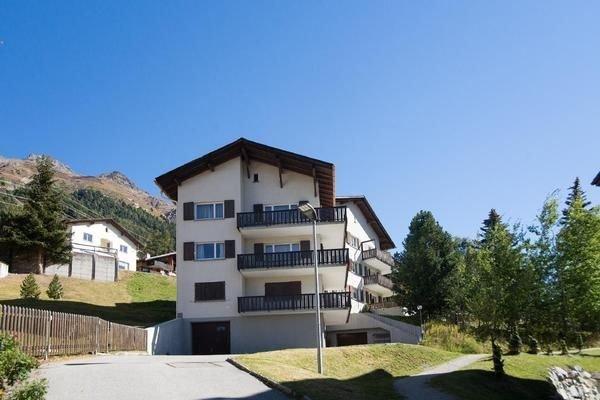 Ferienwohnung Pontresina für 4 Personen mit 2 Schlafzimmern - Ferienwohnung, vacation rental in Engadin St. Moritz