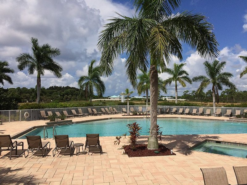 Beautiful Cape Haze Resort - Minutes To Boca Grande Island, alquiler vacacional en Cape Haze