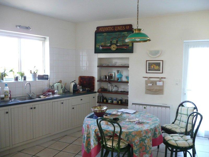 Maison indépendante en pierres à Siorac-en-Périgord, vacation rental in Mouzens