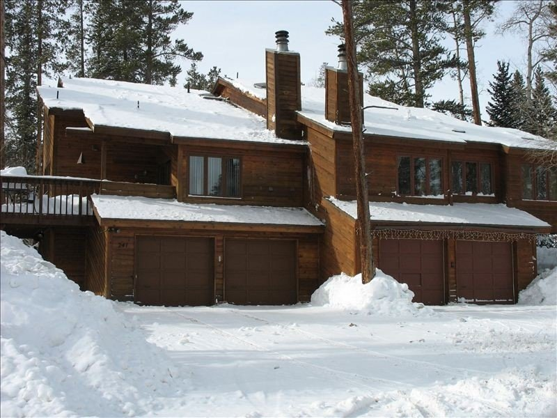 Spacious, Affordable and Private Hot Tub, Family Retreat, alquiler de vacaciones en Silverthorne