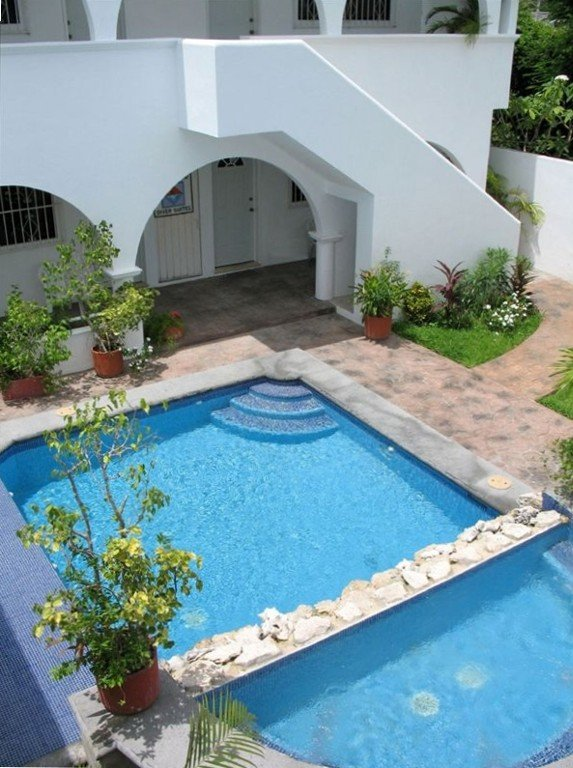 IslaMar Villas- Relax in the garden area at the Pool/Spa!