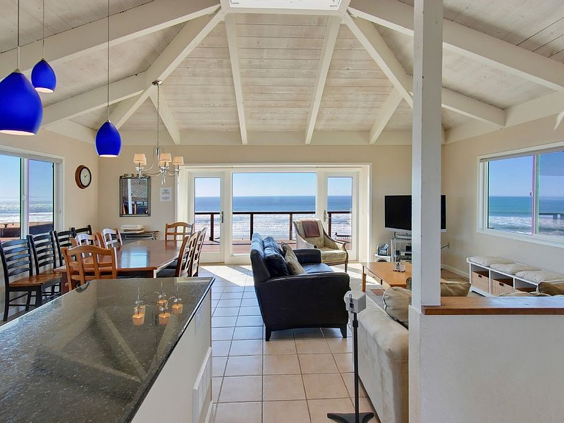 GREAT OCEAN VIEWS,  OFF SEASON SPECIAL 4 NIGHTS FOR 2 EXCLUDING HOLIDAYS!!!, casa vacanza a Watsonville