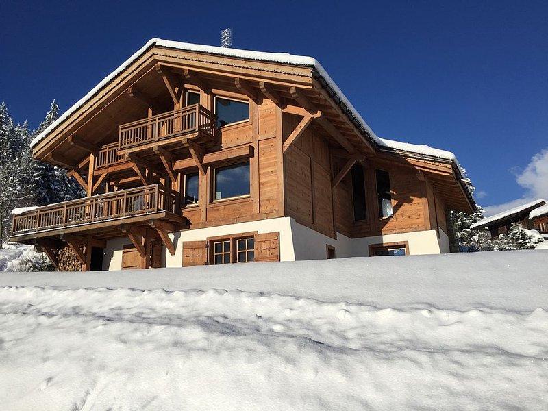Chalet sur les hauts de Combloux. Vue exceptionnelle Mont Blanc. Proche Megève, holiday rental in Combloux