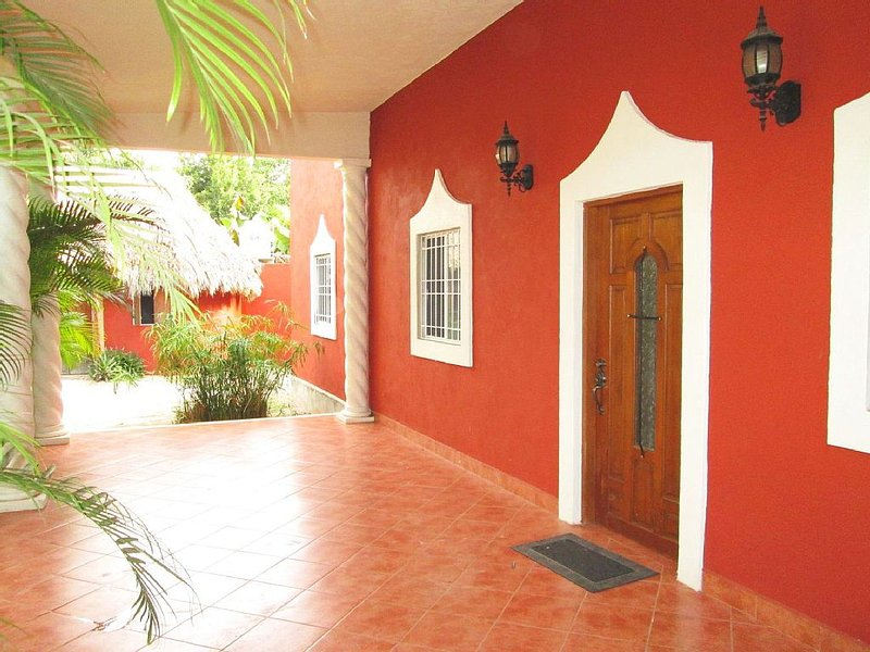 2 Bdrm Paradise at Villa Preciosa, holiday rental in Izamal