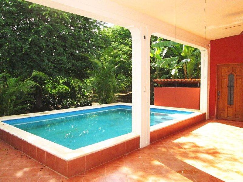 7 Bdrm Paradise At Villa Preciosa, location de vacances à Izamal