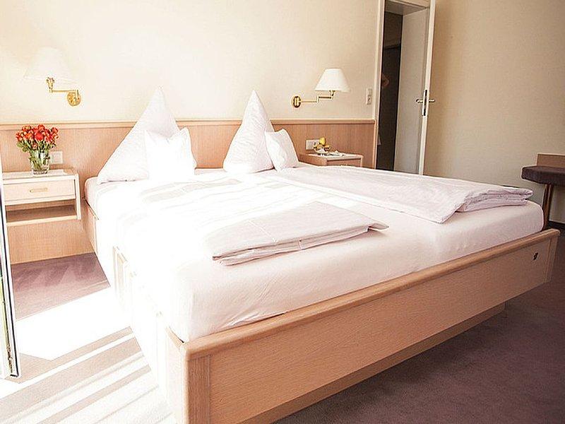 Ferienwohnung NOBLING/RULÄNDER, 60qm, 1 Schlafzimmer, max. 2 Personen, alquiler vacacional en Buggingen