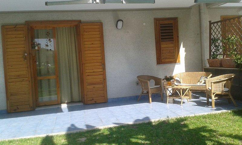 Casa Vacanze Lia, Comfort e Relax a due passi dal Mare e della Montagna, location de vacances à Mascali