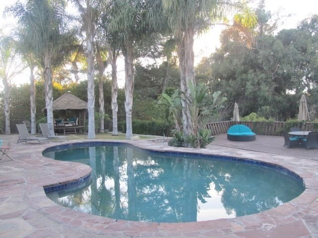 Resort Style Living! A Tropical Paradise Pool Home, Golf Courses, holiday rental in Camarillo