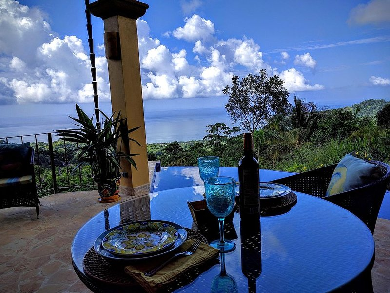 Luxury Casita for 2 - Sweeping Pacific Views & Infinity Pool - Introductory Rate, vacation rental in Dominical