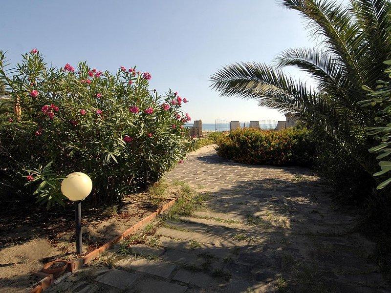 Villa con accesso privato alla spiaggia tra Catania e Siracusa, alquiler vacacional en Lentini