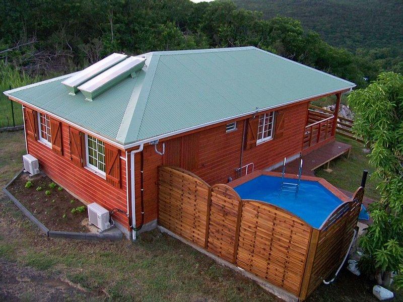 Villa avec piscine pour 6 personnes maxi, casa vacanza a Pointe-Noire