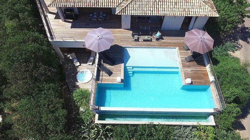 Superbe Villa haut-standing, Pinarellu, alquiler de vacaciones en Sainte Lucie de Porto-Vecchio