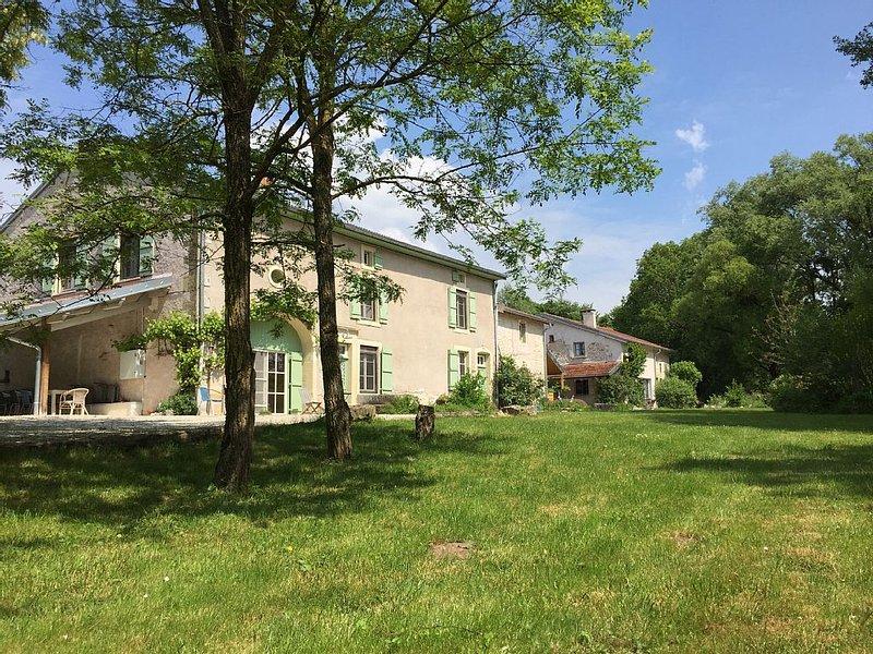 Cottage near Bourbonne les Bains, casa vacanza a Haute-Marne