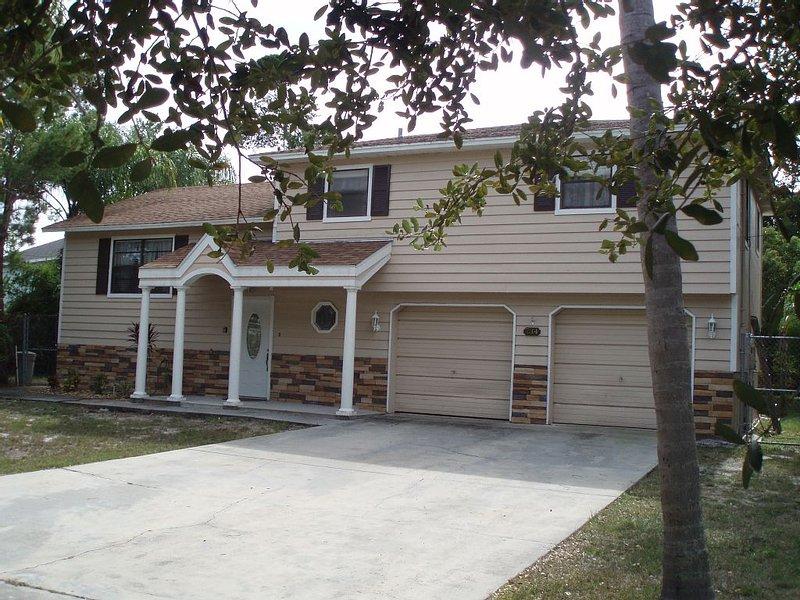 'SUNSET HOME', 0.6 MILES FROM HOWARD PARK AND BEACH - TARPON SPRINGS, FLORIDA, alquiler de vacaciones en Tarpon Springs
